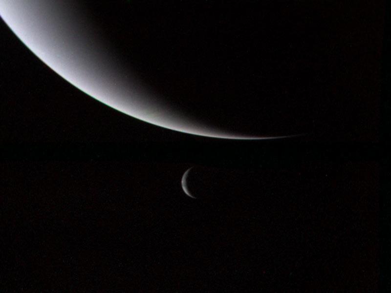 Neptun und Triton. (Foto: Nasa)